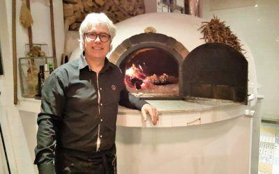 Fran Parra une de una manera personal tradición y modernidad en su cocina.