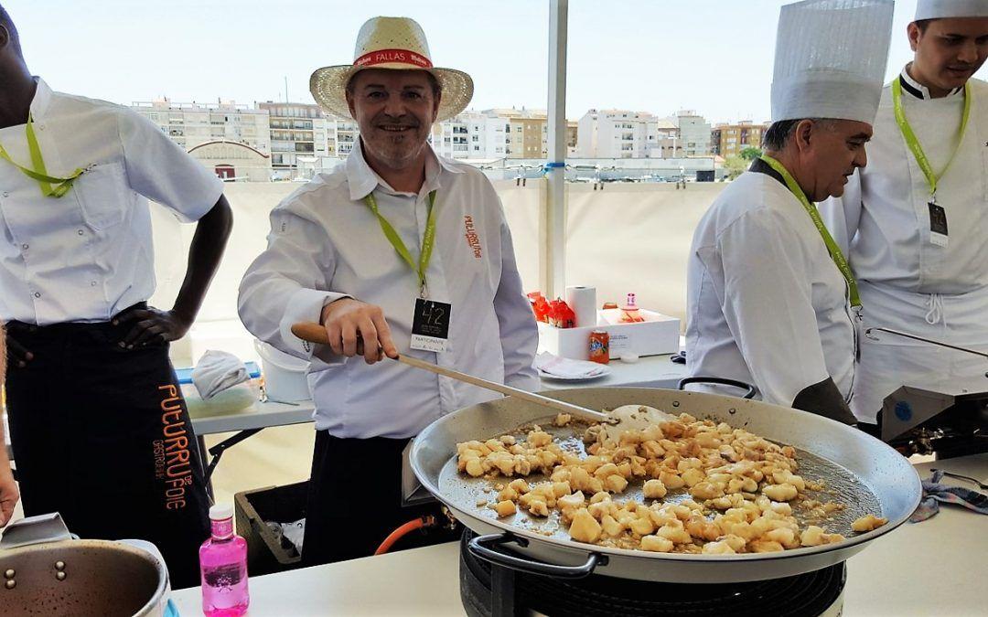 Un buen número de restaurantes se dan cita para el concurso de fideuà de Gandia 2016