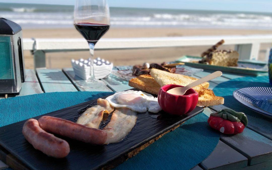 Comer frente al mar en invierno, un verdadero placer.