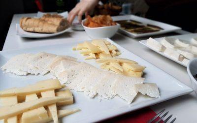 Quesos de proximidad, quesos de la Safor, un placer al alcance de todos y ahora a domicilio.