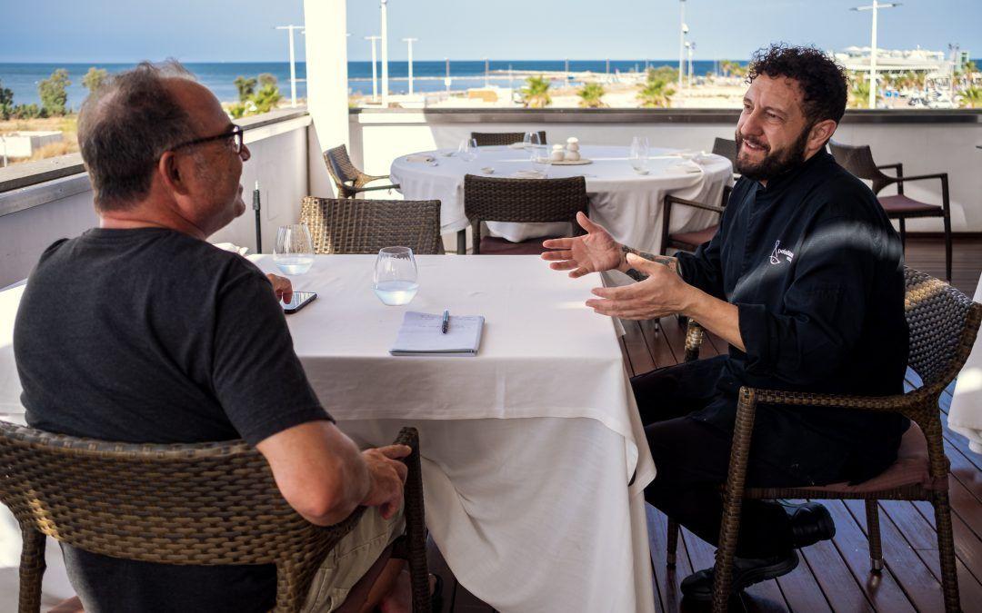 Peix i Brases con José Manuel López, los pies en el suelo y el mar en la mesa. Cocina fresca y de proximidad.